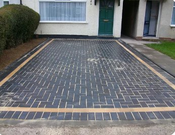 paving idea for front of house in bromsgrove